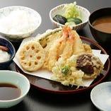 天ぷらのコースは4,500円~ 旬の味をお楽しみ下さい