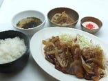 厚切り豚カルビの生姜焼き定食