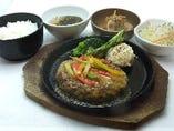 牛タンハンバーグ定食