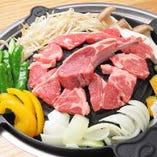 オーナー自ら厳選した和牛や国産羊肉を、焼肉でお楽しみください
