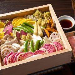 季節の彩野菜いっぱいの蒸し豚しゃぶ