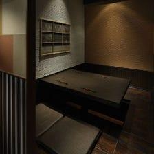 和紙で飾られた格子襖障子・欄間空間