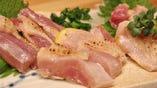 新鮮な魚のお造り、鶏刺しもおススメです!