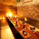 【10~40名様】テーブル完全個室席 皆様お顔を合わせられ、一体感のある理想的な空間