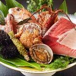 新鮮な海の幸と各種お飲み物をご用意しています