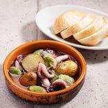 イイダコと空豆の燻製アヒージョ