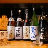 宮城中心に各地の地酒を取り揃えております。日本酒入門に是非♪