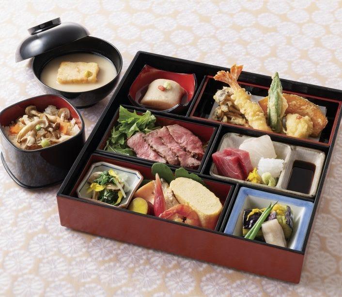 お昼の定番メニュー◆懐石弁当◆ 京料理の味を詰め込みました