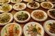 前菜50種。ピータン、自家製腸詰め…。サービス料金です