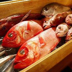 """旬の産直鮮魚を楽しむ""""海鮮料理"""""""