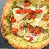 Genovese pizza ‐Salami & Bamboo shoots ミラノサラミとタケノコのジェノベーゼ
