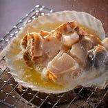 函館直送海産物!人気の七輪焼きでご堪能ください。
