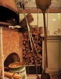 名工故ナターレ・フェラーラ氏による以前の薪窯