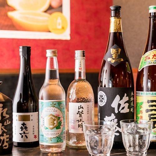 全国各地の日本酒と九州の厳選焼酎