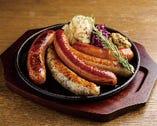 ソーセージ5種盛り/ Five Sausage Platter