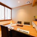 完全個室テーブル席(~4名様×4卓)