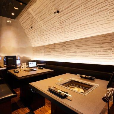 炭火焼肉 ドラゴンカルビ 横浜ランドマークプラザ店 店内の画像