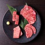[特選盛り合わせ] 牛肉は黒毛和牛を使用!内容はおまかせです
