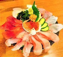 天草直送鮮魚たっぷり豪華海鮮丼