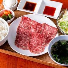 牛肉と本格カレーのガッツリメニュー