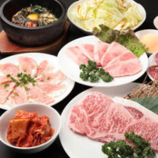 焼肉食べ放題3,480円~(税抜)