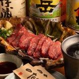【酒肴】メニューはお酒が進む料理を中心に作っております!新鮮さが自慢の『馬刺』は和酒との相性抜群。柔らかくさっぱりとした味わいは焼酎はもちろん、日本酒にもよく合います。