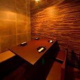 テーブル席完全個室(2~4名様×16部屋、~7名様×1部屋)