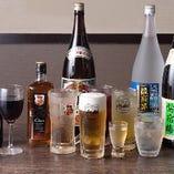 飲み放題のメニューは全45種と豊富に揃います