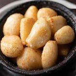 『にんにく鍋』は、ポクポクとした食感がクセになります