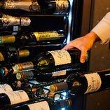イタリアを中心に世界各国から取り揃えたワイン