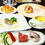 【ステーキと魚介のランチ】鹿児島県産黒毛和牛上モモ(70g)と魚介の鉄板焼がメイン