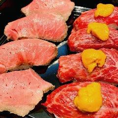 肉ずし2種盛り( ローストビーフ寿司4貫 + ウ肉寿司4貫)
