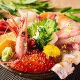 【加賀百万石丼】金沢の海鮮がこの丼ぶりに。