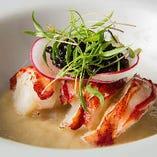 カナダ産オマール海老のサラダ プロヴァンサル ~バジル、サフラン、トマトソースで~