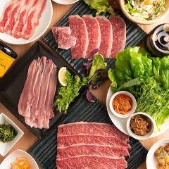国産野菜と焼肉食べ放題 焼肉巻次郎