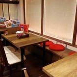 テーブル4名様×3