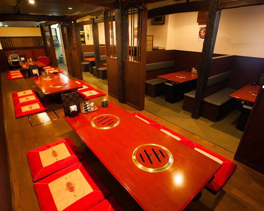 テーブル席や座敷も充実◎ 貸切は最大46名様迄対応いたします