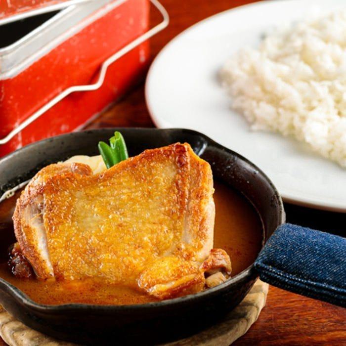 『横浜ジロー鶏カリー』は人気NO.1