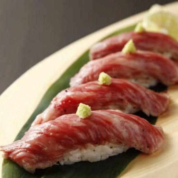 米沢牛の「肉寿司」