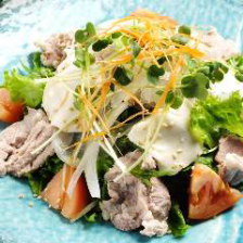 六白黒豚しゃぶしゃぶの豆腐サラダ