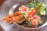 生赤海老のピコデガヨ(サルサソースがけ)