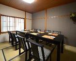 4名様~8名様の完全個室有。ゆったりしたスペースでどうぞ。