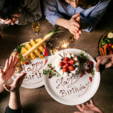 誕生日や記念日に!!メッセージ付デザートプレートプレート無料サービス ケーキのご用意も承っております♪