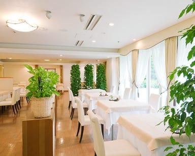 東京グランドホテル レストラン パンセ  店内の画像