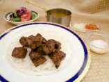(昼夕食)サイコロステーキカレー