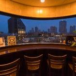 豊洲の夜景を楽しめるカウンター席もご用意しております!