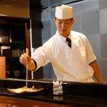 サクッと揚げたて天ぷら。思わず笑みが出てしまいます。