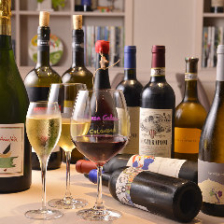 500種・600本超のソムリエ厳選ワイン