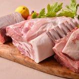 豚専門で飼育する岸さんより仕入れた上質な豚肉