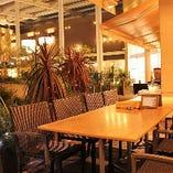 【テラス席/2~48名様】雰囲気抜群のガーデンエリアで優雅にお食事♪